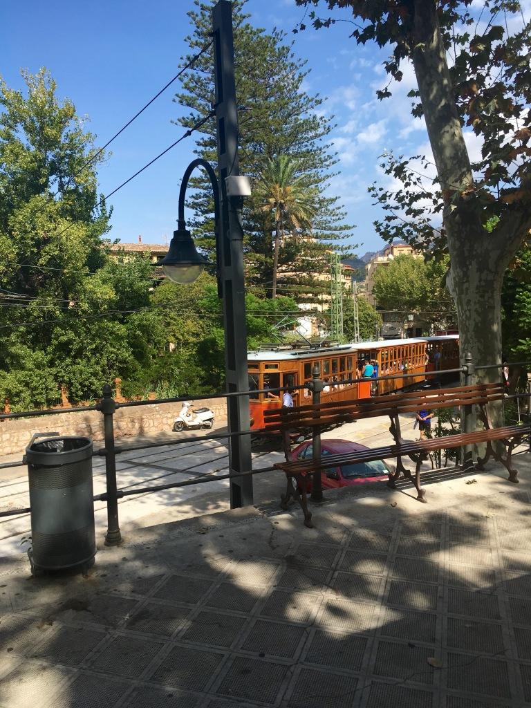 Sóller to Port de Sóller tram station